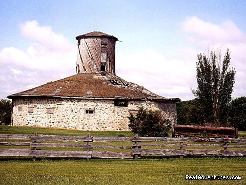 Famous Bell Barn - Indian Head Town