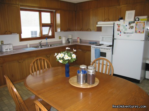 College Drive Lodge fully equipped kitchens for your use. - The Inn on College - Enjoy the Comfort of Home