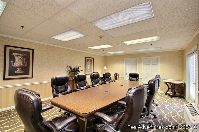 Board Room - Comfort Suites Appleton Airport