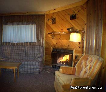 Comfort and Cozy - Evergreen Lodge