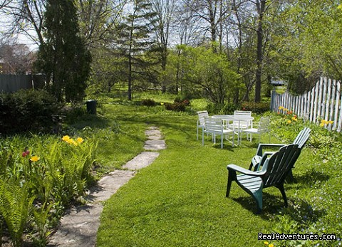 Weber Haus Backyard - The Stagecoach Inn Bed and Breakfast