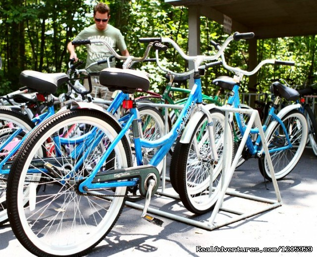Bicycles for our guests to use - Bay Shore Inn