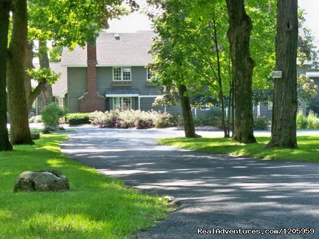 Drive into Bay Shore (#8 of 12) - Bay Shore Inn