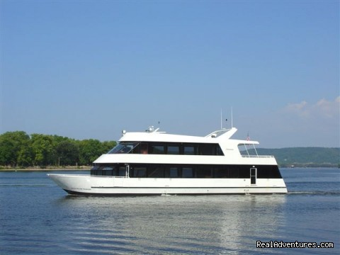Foxy Lady Crusies (#14 of 19) - Greater Green Bay CVB