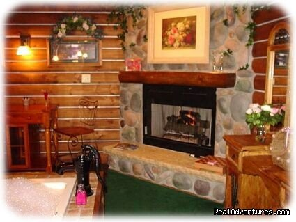 Romantic getaway for couples, with a double whirlpool and gas fireplace in every uniquely decorated suite or room. Continental Breakfast, Bottle of Wine, Raspberry Meltaway Chocolates and many more amenities.