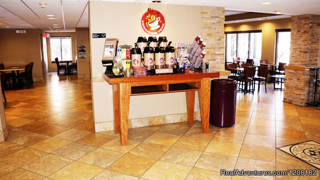 Coffee/Tea Bar - AmericInn Madison West