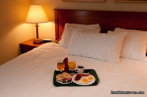 Complimentary cooked to order Breakfast - Best Western West Towne Suites