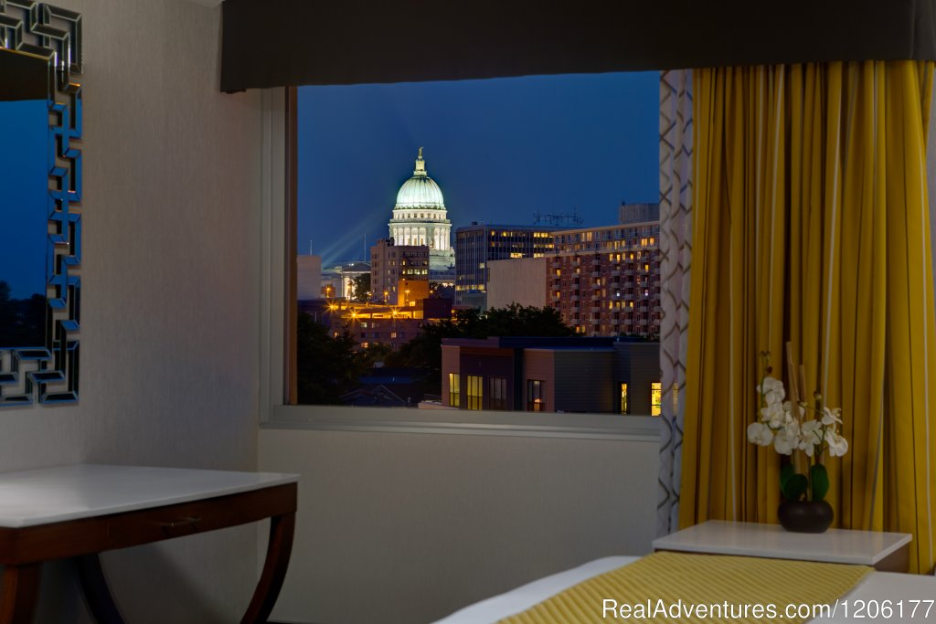 Capitol View Room | Image #1/7 | Madison, Wisconsin  | Hotels & Resorts | Doubletree by Hilton Madison Downtown