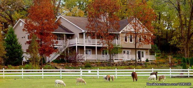 Country Estate for a Relaxing Getaway Madison, WI, Wisconsin Bed & Breakfasts