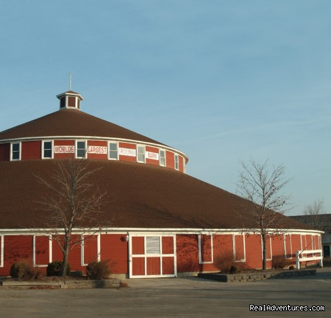 World's Largest Round Barn - Marshfield Convention & Visitors Bureau