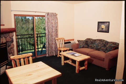 Comfortable Rooms With Many Amenities -  Hotel * Indoor Waterpark* Banquet Center