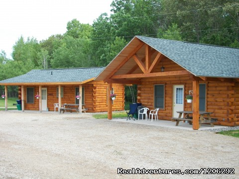 Cedar & Maple Cabins - Spur of the Moment Ranch