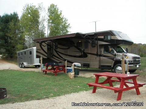 A RV Campsites - Spur of the Moment Ranch