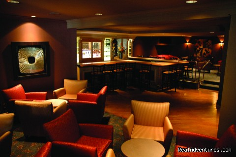 Crickets Lounge - Olympia Resort & Conference Center