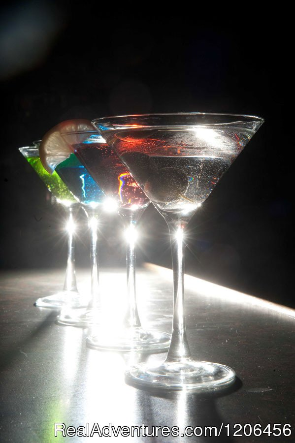 Martini Club | Image #7/11 | Country Springs Hotel