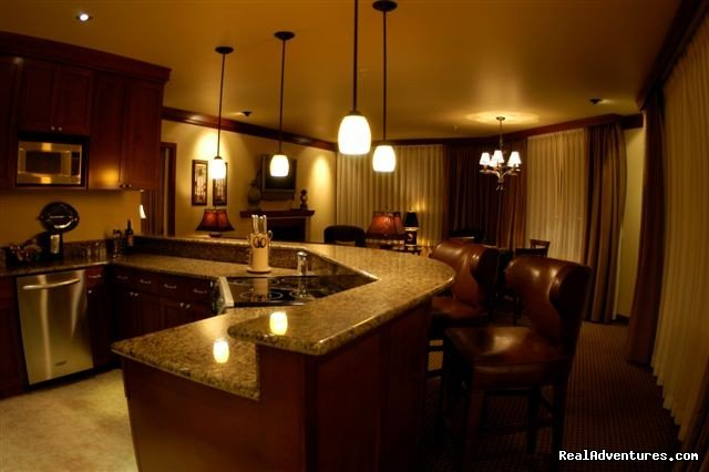 Kitchen & Living Area - Ultimate Ultimate Suite | Image #3/15 | The Jefferson Street Inn - Comfortable Elegance!