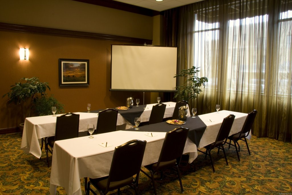 Conference and Meeting Space | Image #8/15 | The Jefferson Street Inn - Comfortable Elegance!