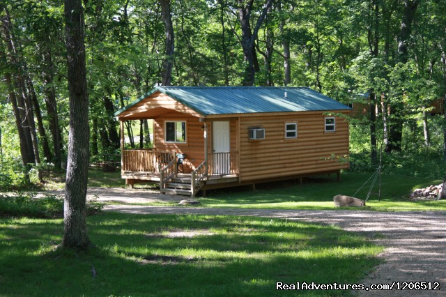 Deluxe Cabins - Al's Fox Hill RV Park & Campground