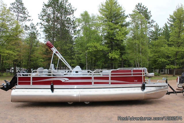 Pontoon Rental - Chain-O-Lakes Campground