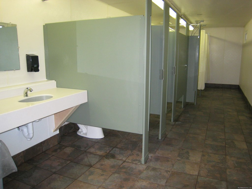 Modern Restrooms | Image #17/21 | Silver Springs Campsites Inc