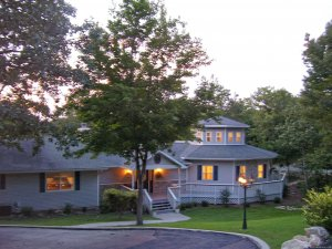 Anchor Inn on the Lake Bed & Breakfast Branson West, Missouri Bed & Breakfasts