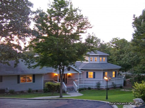 Anchor Inn on the Lake Bed & Breakfast Bed & Breakfasts Branson West, Missouri