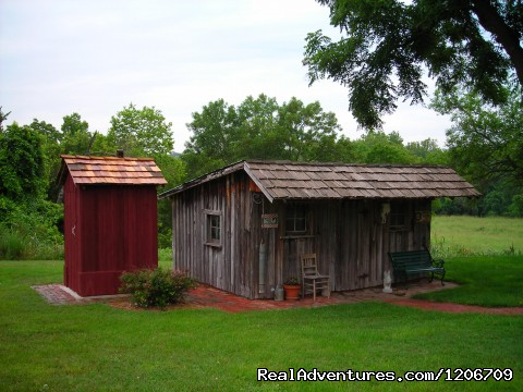 BarnAgain Grounds - Vintage Barn Vacation Rental