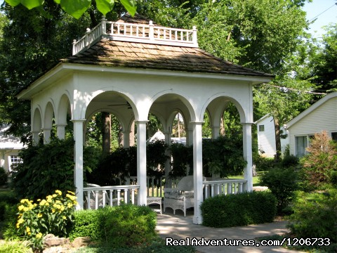 Gazebo - Romantic Get-away at the Dickey House B&B