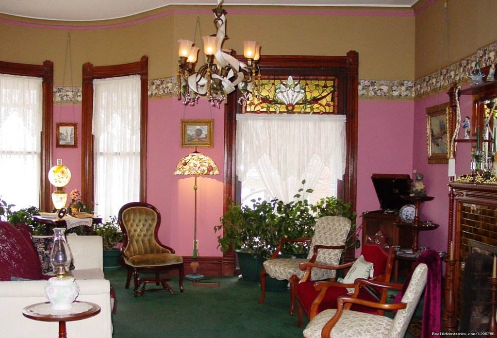 Ladies' Parlor | Image #9/9 | Reagan's Queen Anne Bed and Breakfast
