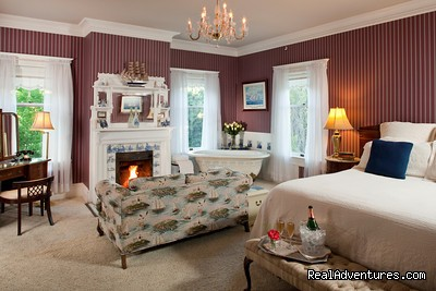 The Tulocay Room - Churchill Manor