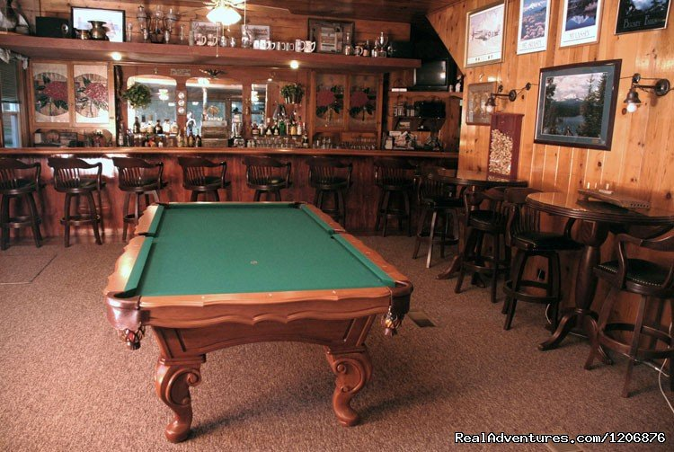 Tavern with pool table | Image #2/8 | Great lodging & dining near Lassen National Park