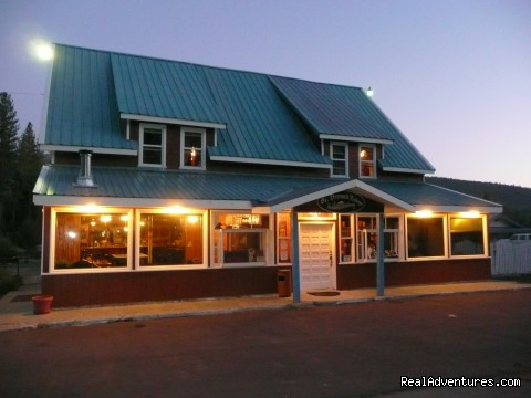 Great lodging & dining near Lassen National Park: St. Bernard Lodge in the evening