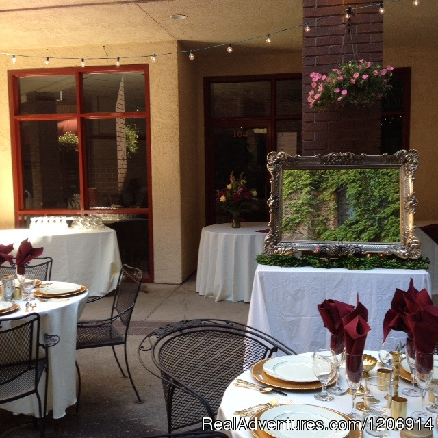 Experience historic stay in Calif. Gold Country Outdoor Courtyard