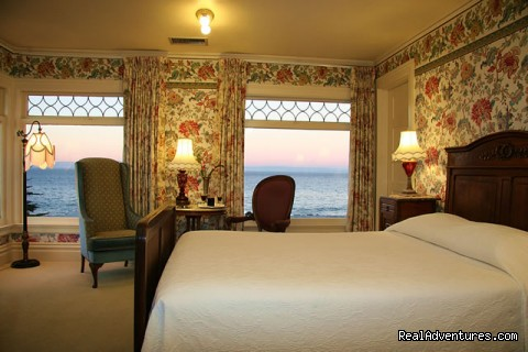 Maries Room - Martine Inn