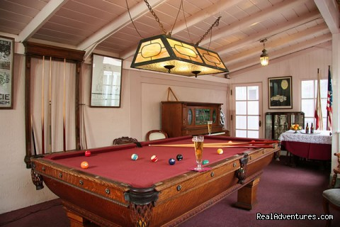 Game Room - Martine Inn