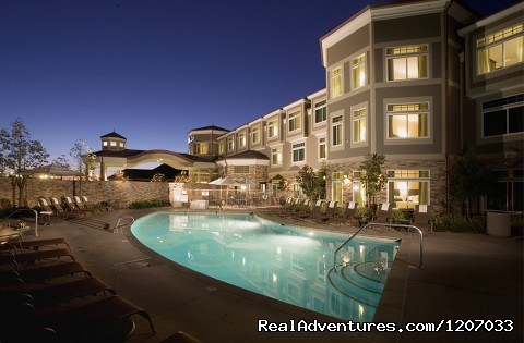 Heated Pool and spa - West Inn & Suites