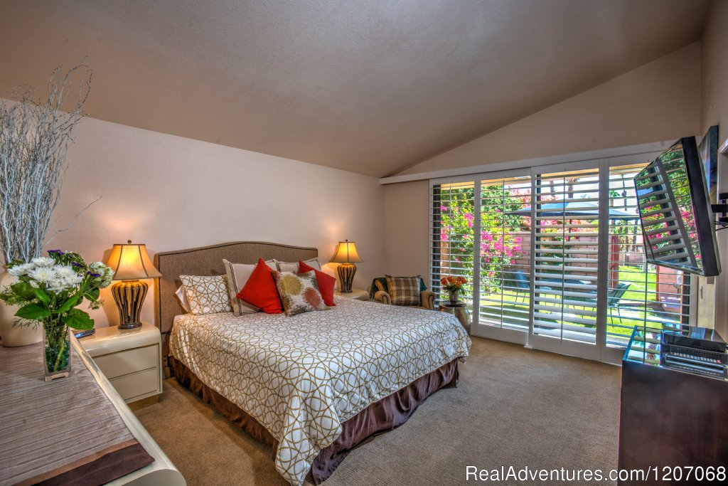 Quiet Room with a View | Image #3/8 | Sinful Seclusion in Uptown- Palm Springs TOT3100