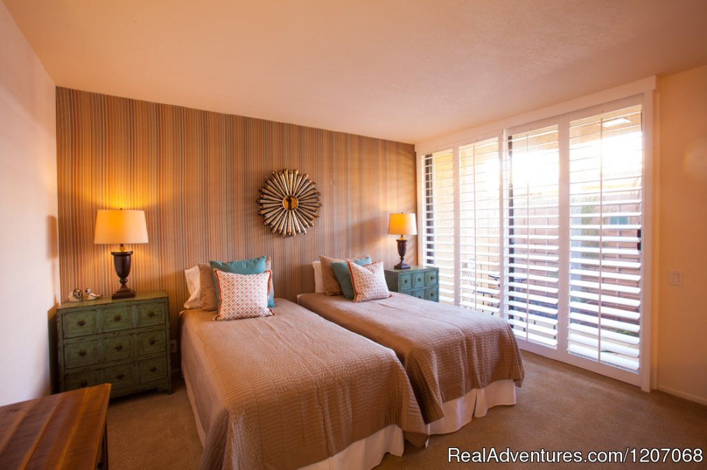 Beautiful Guest Bedrooms | Image #6/8 | Sinful Seclusion in Uptown- Palm Springs TOT3100