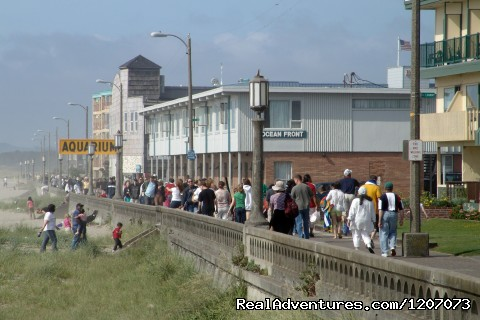 The Seaside Prom, looking north. - Seaside Visitors Bureau