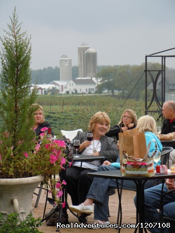 Summer Music Night on the Patio - Parallel 44 Vineyard & Winery