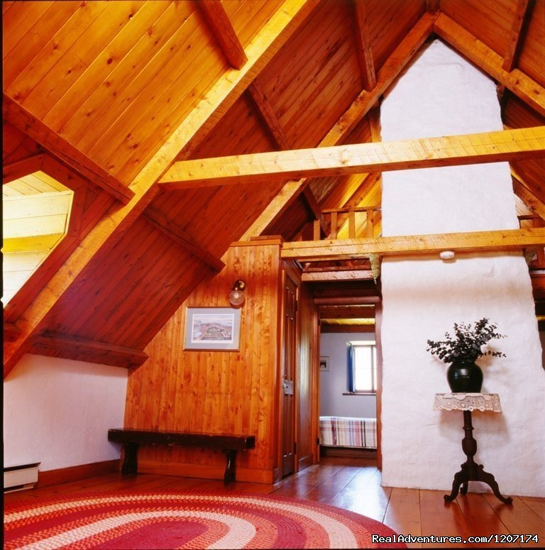 Upstairs. | Image #12/13 | Large Country Homes rental near Quebec City Canada