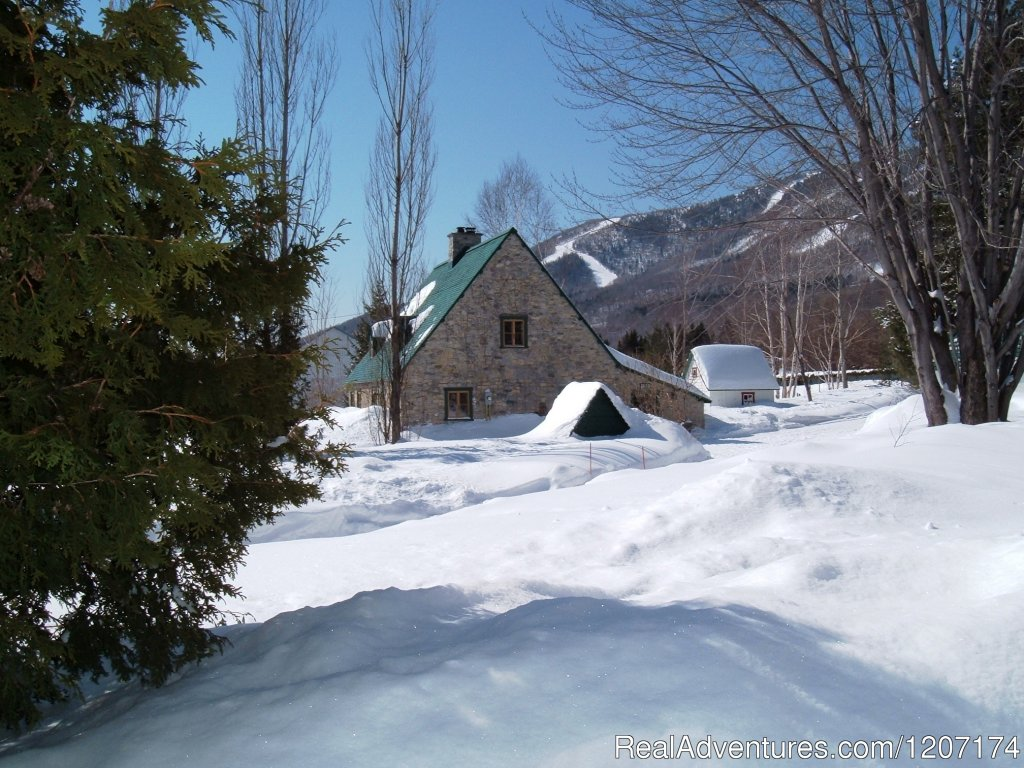 Great skiing at Mont-Sainte-Anne | Image #6/13 | Large Country Homes rental near Quebec City Canada