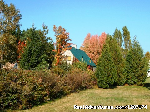 - Large Country Homes near Quebec City, Canada