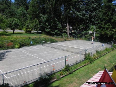 Full-size tennis court (#3 of 7) - Miracle Beach Inn