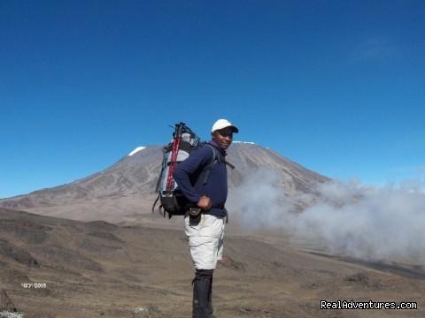 Kilimanjaro climbing, Kenya climbing, safari in Ta Emanuel in Kilimanjaro