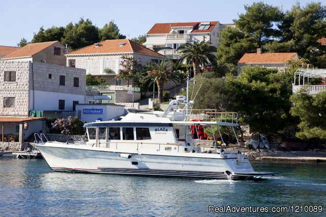 Croatia-Tailor Made Holiday Packages: Captain's Villa Sokol and our Yacht