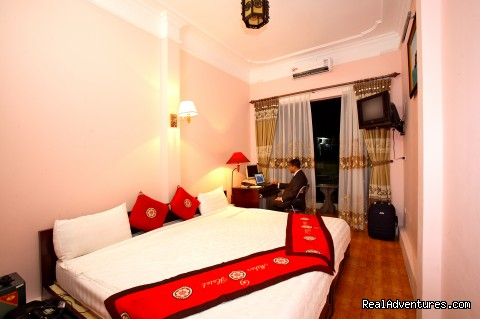 New hotel in Centre of Old Quarter: Deluxe room
