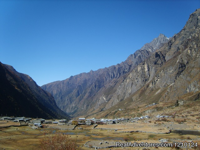 langtang trek  kathmandu  nepal hiking   trekking realadventures