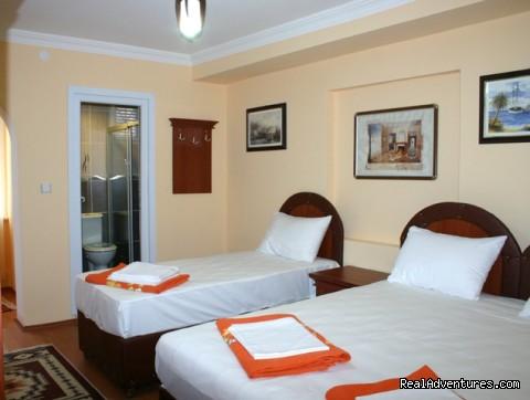 - Big Apple Hotel & Hostel Istanbul