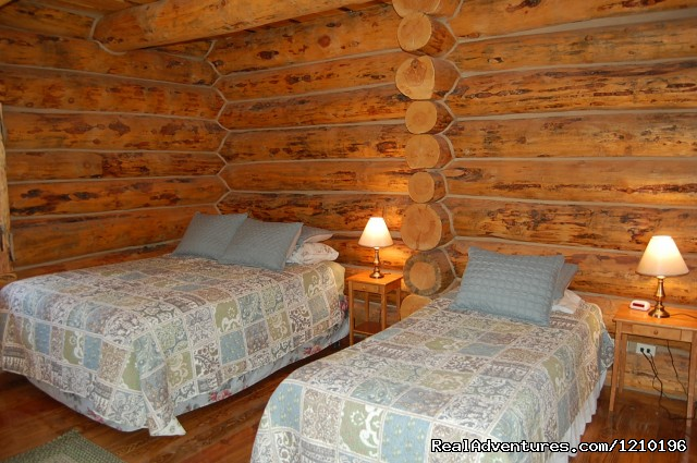 Bedroom 1 - Lindig Lodge